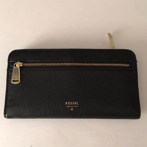 Fossil Wallet Black w/ Gold Zippers